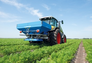 LEMKEN partners with Sulky for fertiliser spreaders